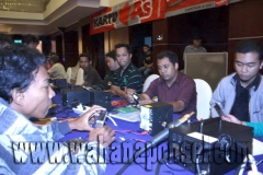 Workshop-Reparasi-Ponsel-Outlet-Telkomsel-43_exposure