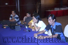 Workshop-Reparasi-Ponsel-Outlet-Telkomsel-50_exposure