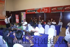 Workshop-Reparasi-Ponsel-Outlet-Telkomsel-56_exposure