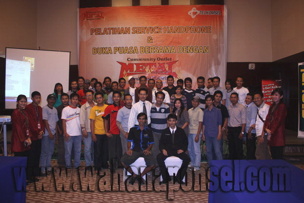 01-Workshop-Reparasi-Ponsel-Outlet-Telkomsel