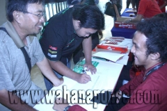 Workshop-Reparasi-Ponsel-Outlet-Telkomsel-05_exposure
