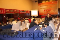 Workshop-Reparasi-Ponsel-Outlet-Telkomsel-51_exposure